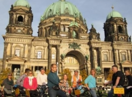 mauertour-fahrrad-berliner dom